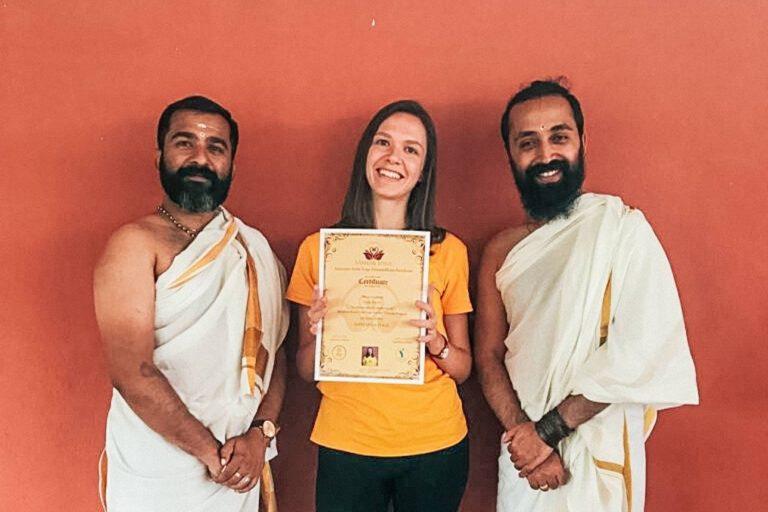 Yogalehrer-Ausbilung in Indien