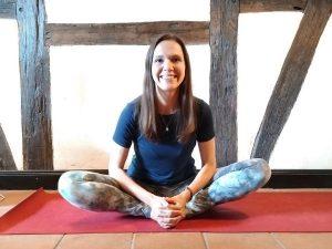 Baddha Konasana - Yoga-Übung zum Lotus Sitz Lernen