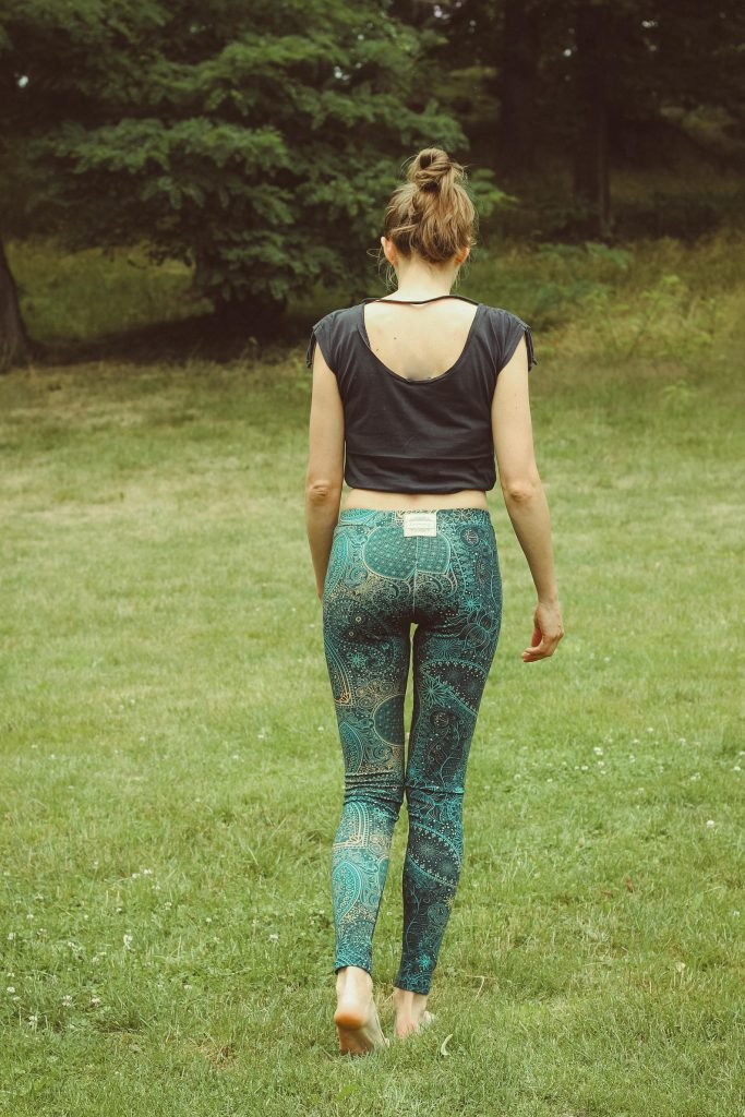 Yoga Hose mit indischem Paisley Muster